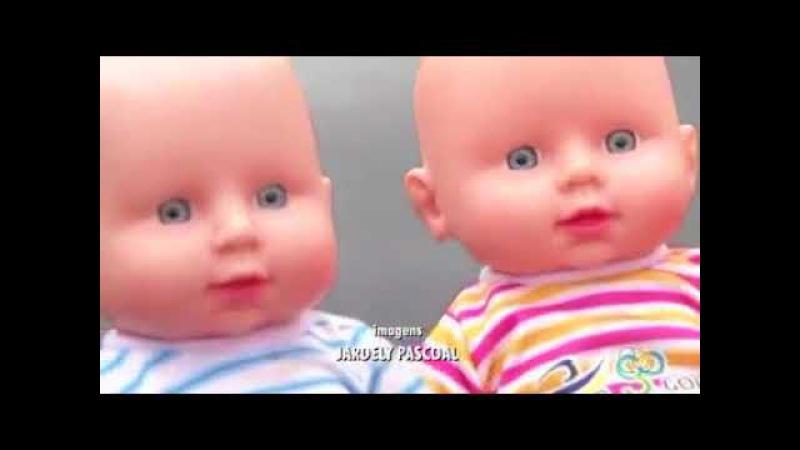 Distribuição de boneca com penis revolta pais em Goias