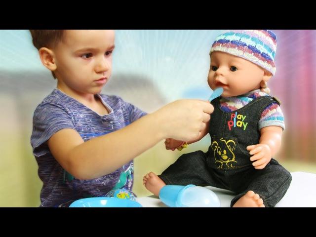 Что делать с куклой Baby Born Макс не растерялся колыбельную спел funny games doll Baby born