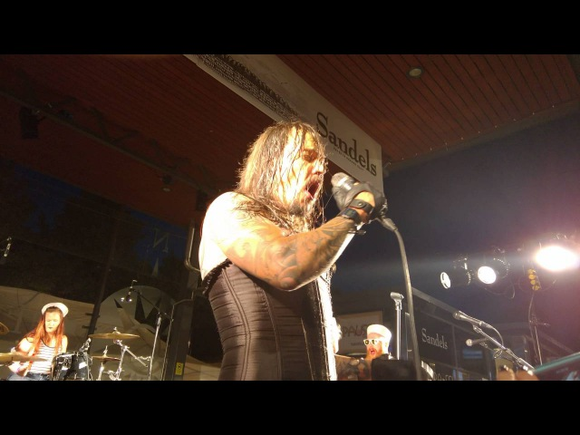 Bi-Bubba Lula The Shemale Babes - Drenched In Blood @Rocktopussy Kotka