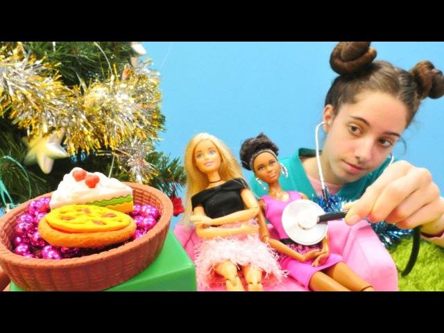 Barbie ve arkadaşları Yılbaşı parti yapıyorlar! Doktor oyunu