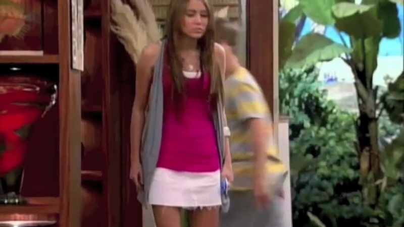 Hannah Montana Mimic Fights