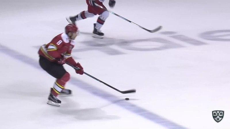Моменты из матчей КХЛ сезона 17/18 • Сейв Лараса Юханссона после броска Войтека Вольски 11.09