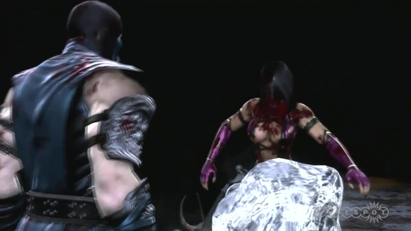 Mortal-kombat-2011_fatalities_720p