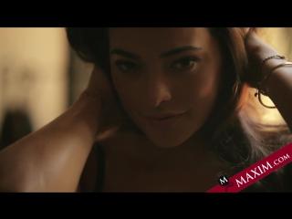 Natalie Martinez Maxim Photo Shoot Octobre 2014
