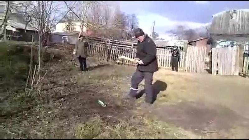 НАНЯЛИ ДРОВОСЕКА ЗА 50 РУБЛЕЙ