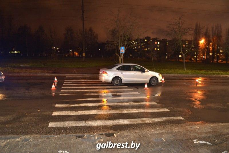 В Бресте на пешеходном переходе пострадала брестчанка