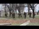 Краматорск. 16 апреля, 2014. Аэродром, военные Украины и гражданские