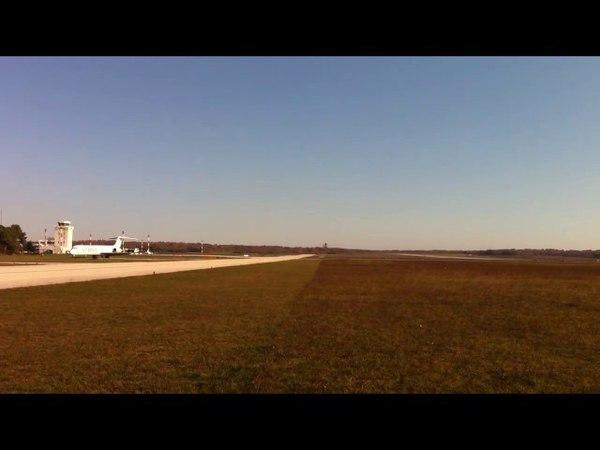 Croatian Mig 21 transonic overhead low pass CRAZY ;-)