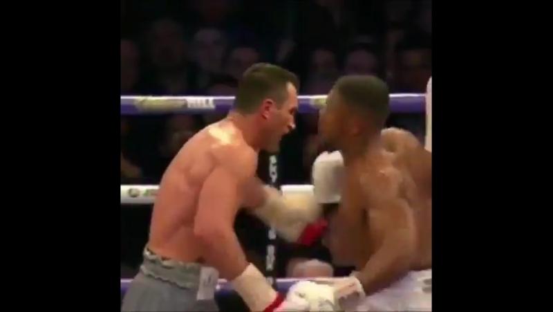 Отрывок из боя Anthony Joshua vs Wladimir Klitschko