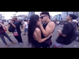 BEIJANDO DESCONHECIDAS NO CARNAVAL - DESAFIO DO BEIJO ( KISS CHALLENG)