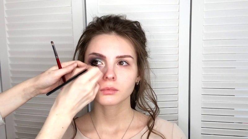 Как сделать макияж smoky eyes (смоки айс), дымчатые глаза видео урок