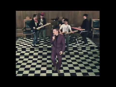 Madness - Bed And Breakfast Man (1979) (HD)