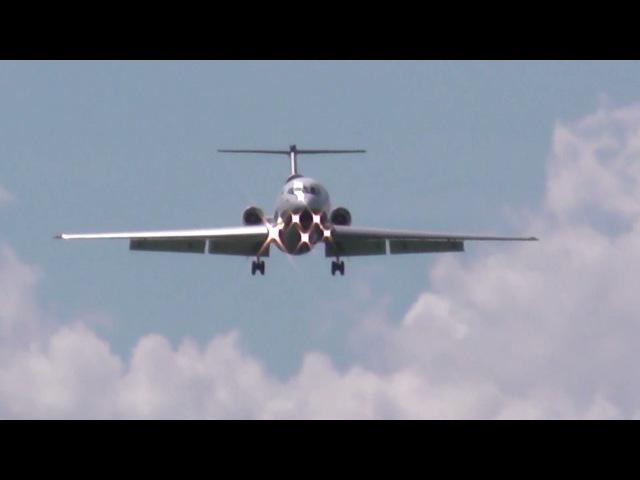 Заход самолёта Як 42 на посадку в ижевском аэропорту IJK