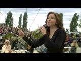 Vicky Leandros - L'amour est bleu - Fernsehgarten 15-5-2016