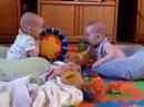 Смешная нарезка приколов про двойняшек и тройняшек. Funny cutting jokes about twins and triplets .