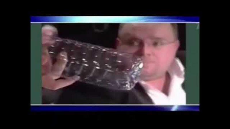Вот из пластика бутылка крышка есть а с боку дырка