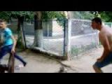Уличная драка .Убойный удар