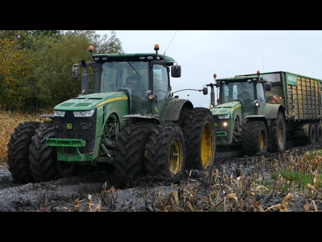 Heavy John Deere Equipment Working Hard in The Muddy Fields | JD 8370R 8600i | Häckseln 2017