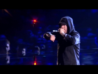 Eminem & Skylar Grey - Walk On Water (Live at MTV EMA 2017)  [vk.com/vk_billboard]