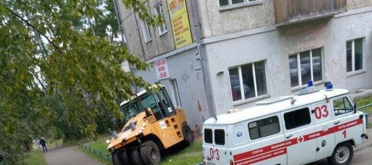 Водитель катка, по пьяне сбивший насмерть женщину в Усть-Илимске, получил условный срок