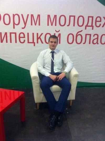 Денис Батраков