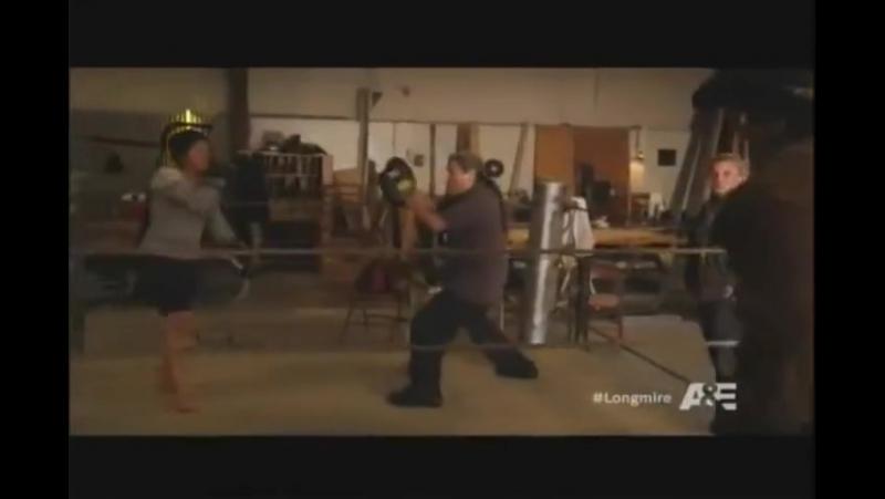 Longmire boxing