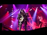 Gene Simmons Playing White Punisher Bass, Colorado Springs July 18, 2016