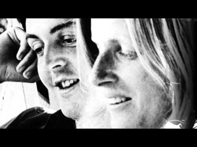 Paul McCartneyWings - One More Kiss