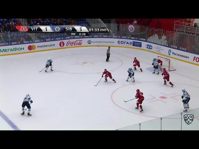 Моменты из матчей КХЛ сезона 16/17 • Гол. 1:2. Закриссон Патрик (Спартак) забрасывает шайбу в ворота посредника в большинстве 05