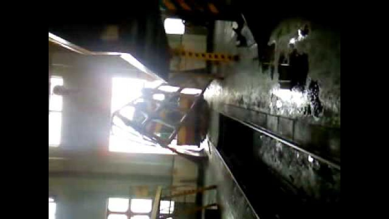 Машинист тепловоза ЧМЕ-3 вышиб ворота (ТЧ-17 Волноваха)