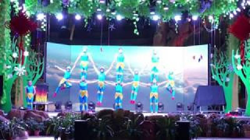Chinese kids Acrobatics show