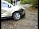 Жена взбесилась, разбила машину мужа пойманного на измене