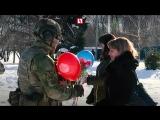"""""""Вежливые люди» поздравляют с 8 марта"""