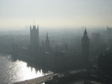 22.02.2017-Sci-tech.В небе Лондона-смог.(Дата-22.02.2017г.Источник-EuroNews)