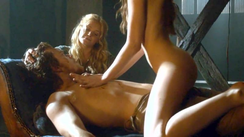 Подборка обнаженки в «Игре престолов» - порно видео онлайн бесплатно_0_1517327477270.mp4
