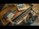 Сделал из фортепиано гитару! Главное желание!