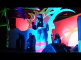 S3Rl feat Sara - Less Than 3 - Live at SummerBass 2012