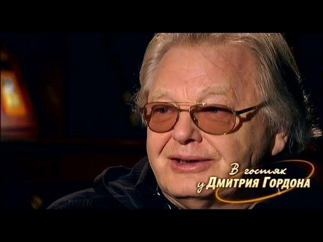 Антонов: Эсамбаев в папахе сидел на диване, подложив под себя ноги, и весь день принимал гостей