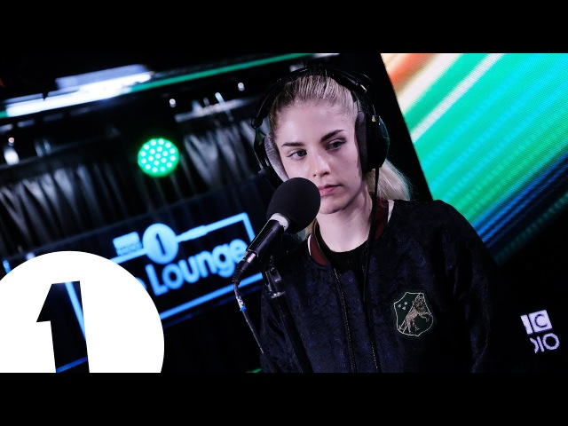 London Grammar - White Christmas (Bing Crosby Cover) in the Live Lounge