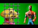 Свинка Пеппа. Мультик с игрушками. Человек Паук спасает от злой собаки Барби. Peppa Pig. SpiderMan.