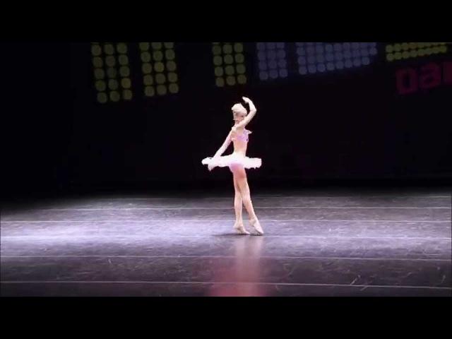Dance Moms - Chloe Lukasiak - Another Girl (S3, E3)