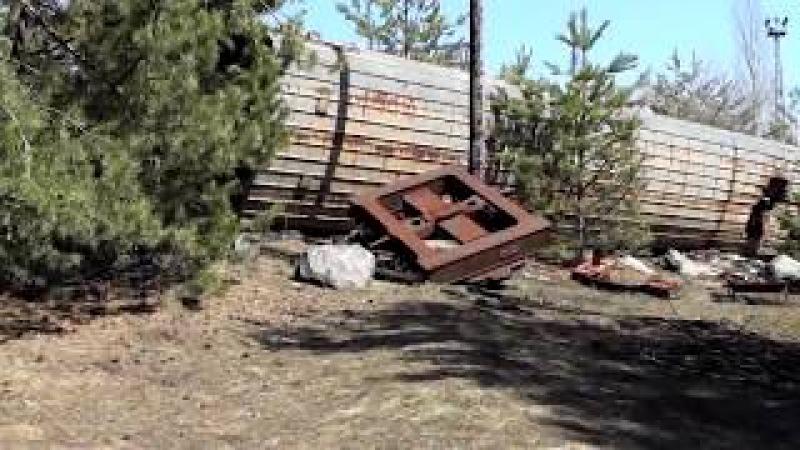 Ж Д станция Янов Чернобыль и брошенная техника Janov Chernobyl Pripyat and abandoned machinery