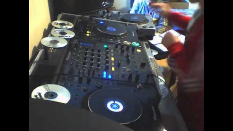 Christmas 2013 3 Deck Jump Up Mix!