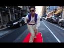 Аладдин на ковре самолете в Нью Йорке