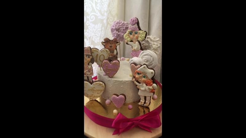 Торт с профитролями малина-чёрная смородина для маленькой Светланы на ДЕНЬ РОЖДЕНИЯ