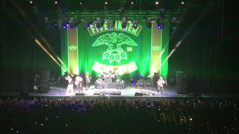 Five Finger Death Punch - Jekyll and Hyde (Live @ Stadium, Moscow 09.11.2017)