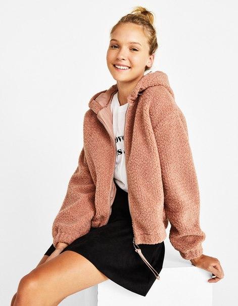 Куртка из искусственной овчины с капюшоном