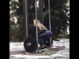 Красивая девочка тренируется // ММА 95 | БОИ БЕЗ ПРАВИЛ