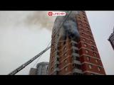 На юго-западе Москвы горит жилой дом