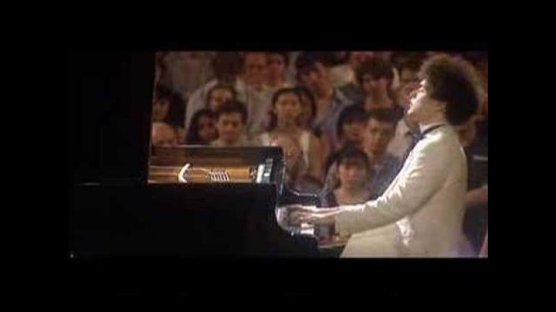 Evgeny Kissin plays Grand waltz op.34 no.1